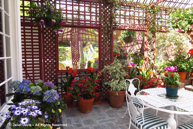 Mirrored Garden Room