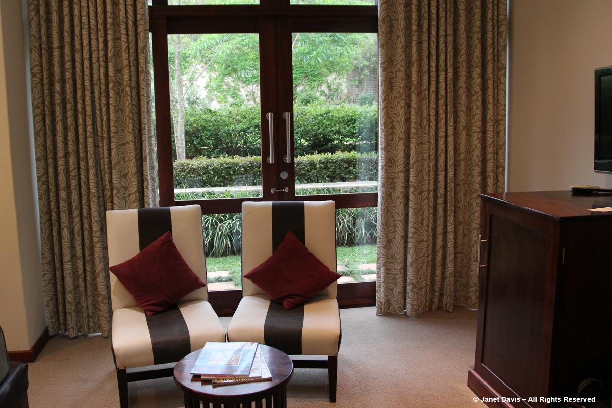 Casterbridge Hollow Hotel2-White River