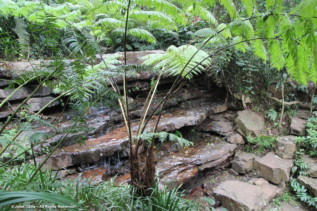 Waterfall-Makaranga
