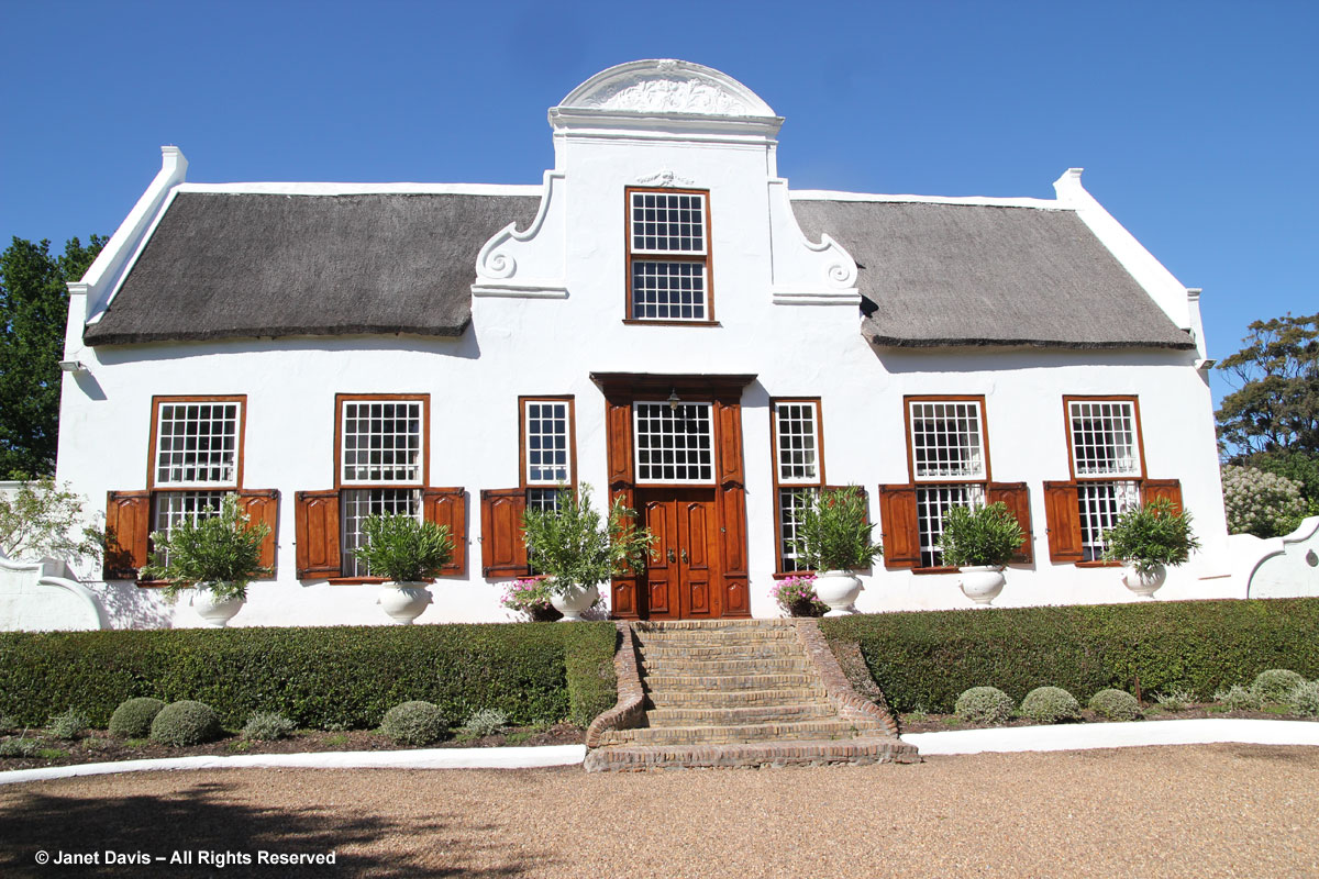 Stellenberg gardens sandy and andrew ovenstone cape for Cape dutch house plans