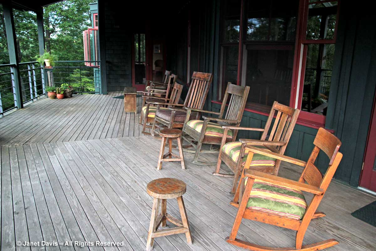 Sourwood Inn-Veranda