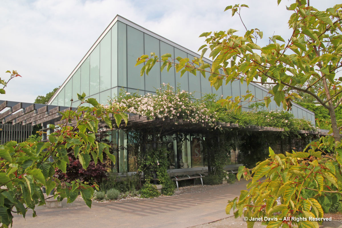 TBG-George & Kathy Dembroski Centre for Horticulture (1)