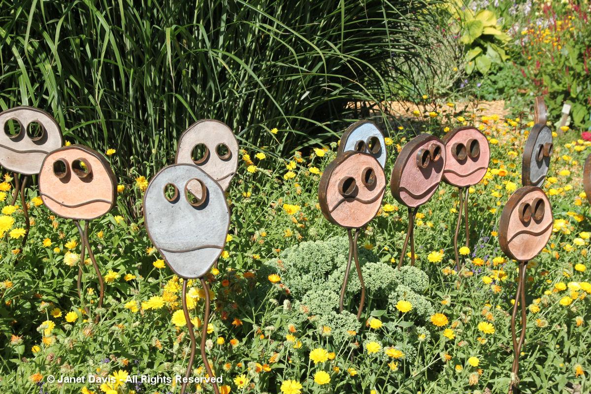 Artful Garden-Mark Clark-Happy Pills