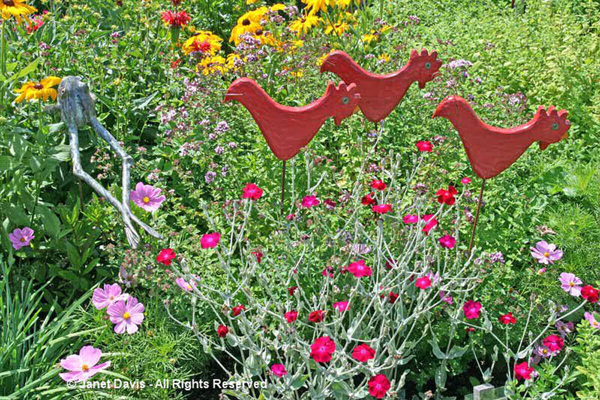 Artful Garden-Red Roosters