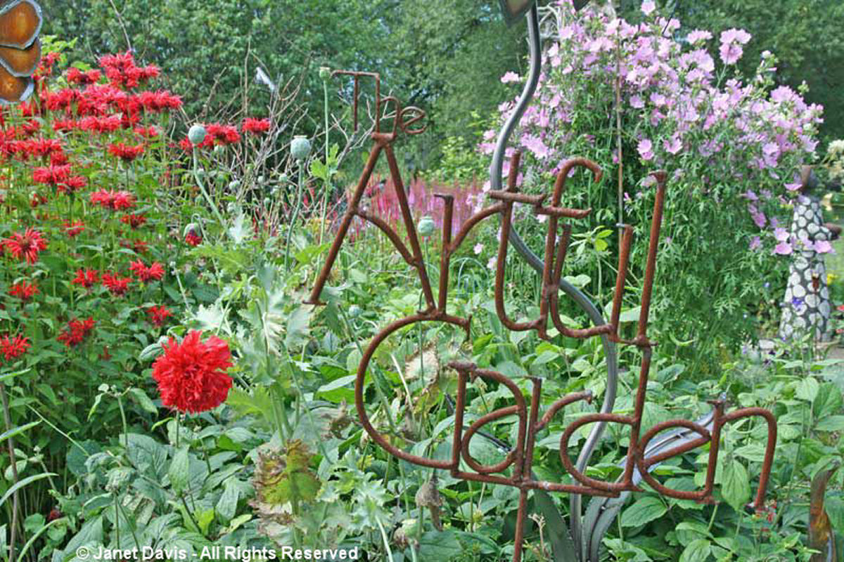Artful Garden Sign