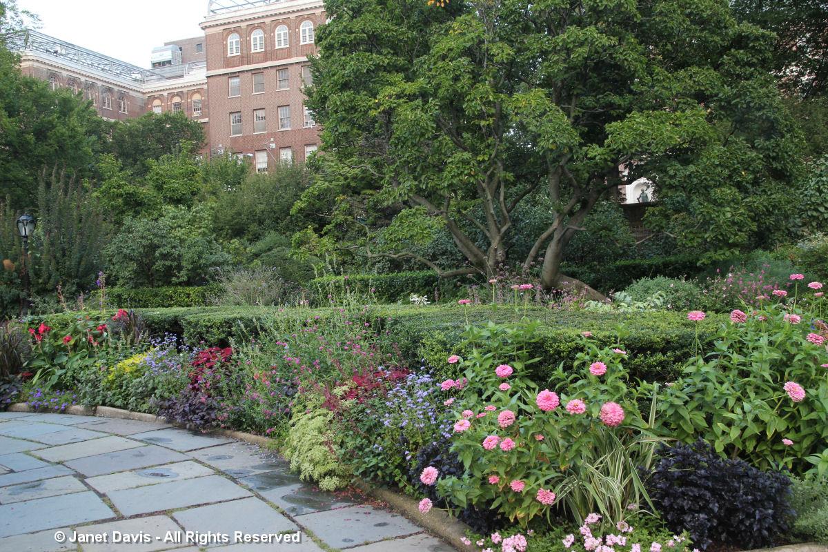 Conservatory Garden-Fifth Avenue Building