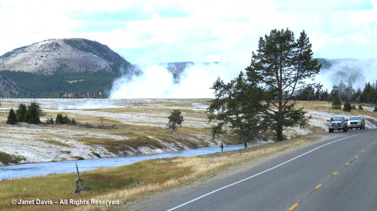 31-midway-geyser-basin