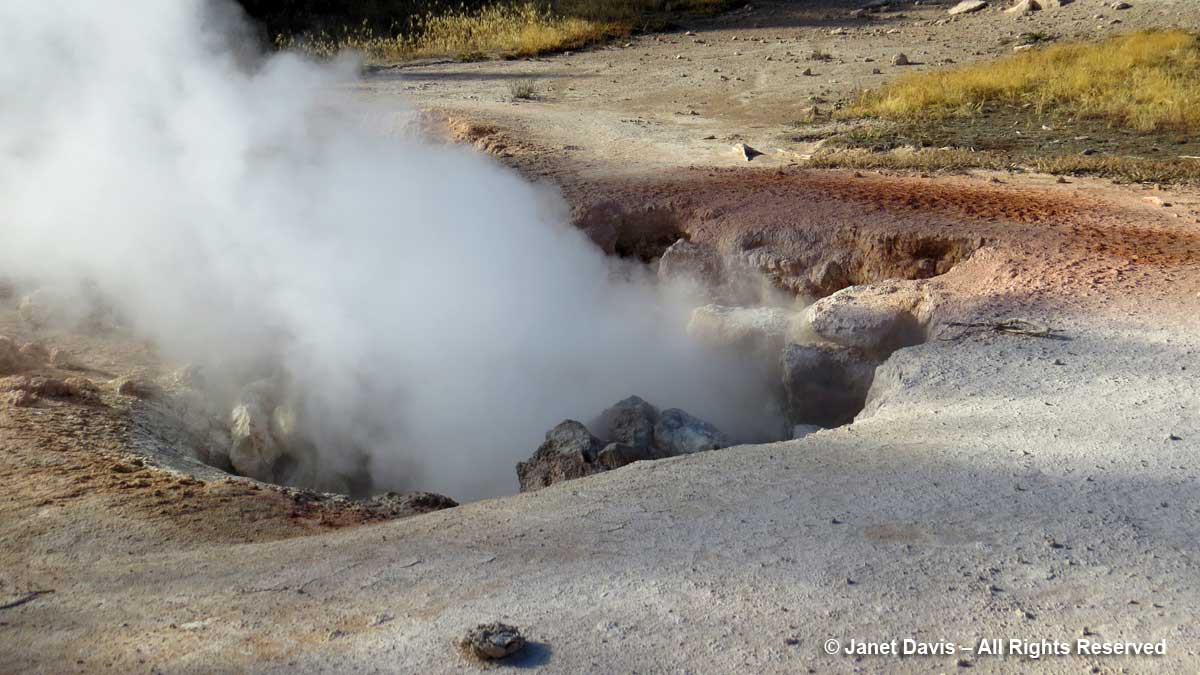 43-red-spouter-lower-geyser-basin