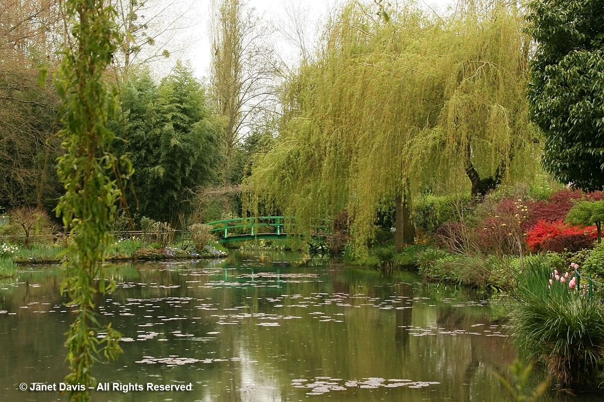 Giverny-Monet's Garden-Japanese-footbridge