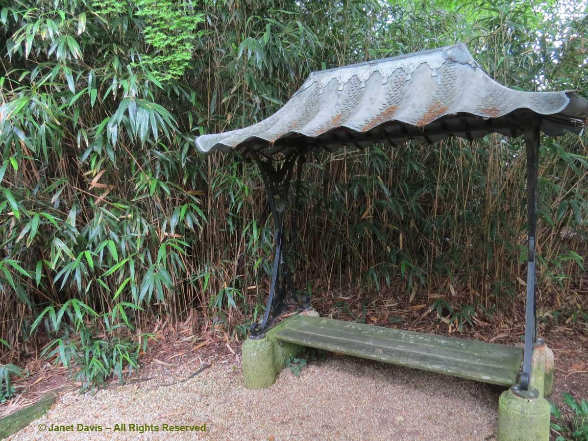 Garden seat-Dumbarton Oaks-Beatrix Farrand