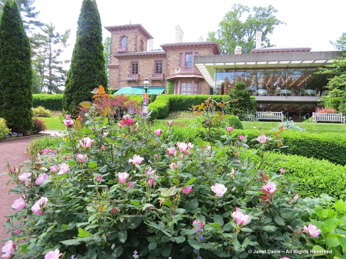 Prospect House Garden1-Princeton-June