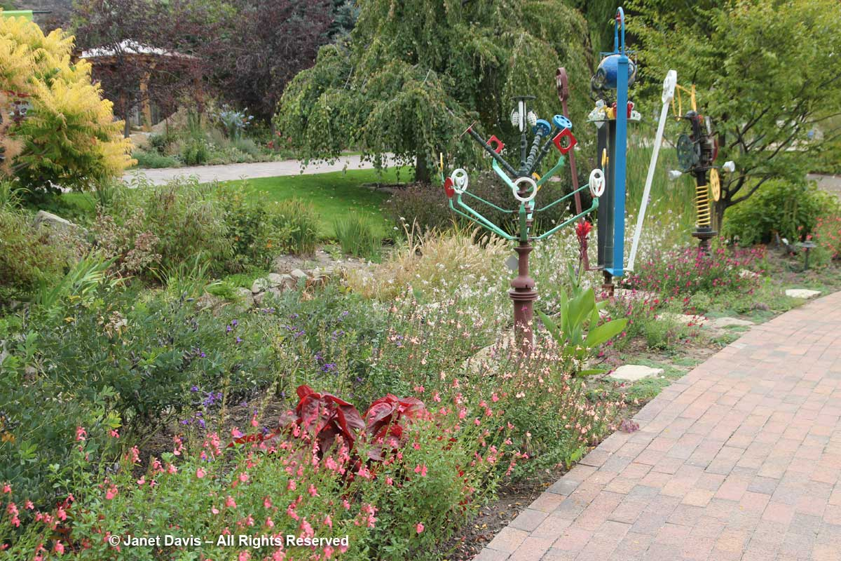 Sculptures-Idaho Botanical Garden