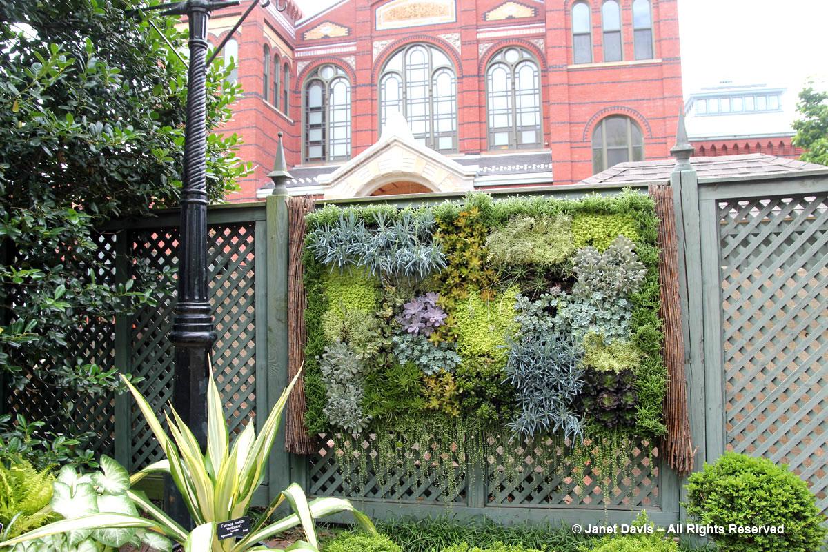 Living Wall-Ripley Garden