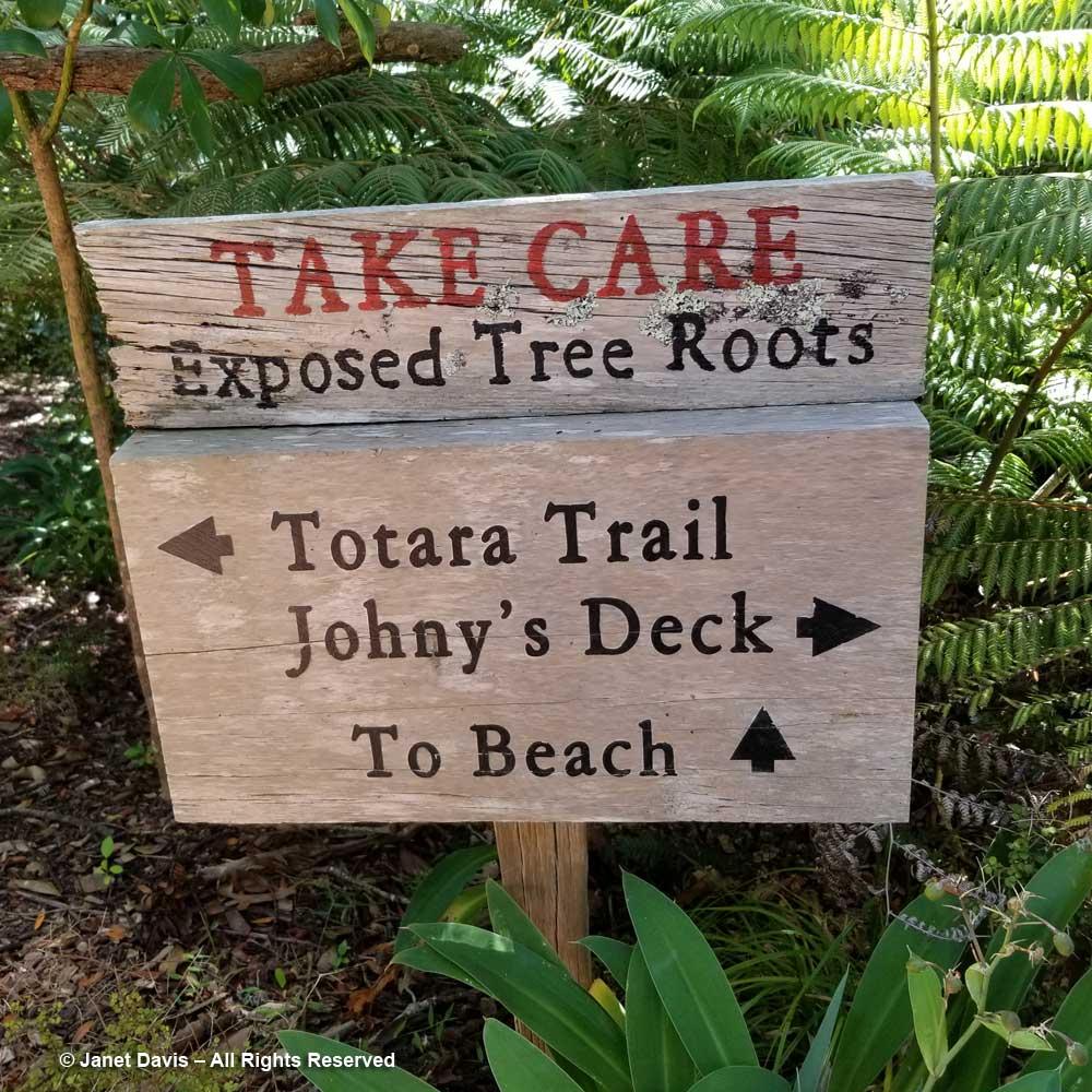 Omaio-Garden Sign