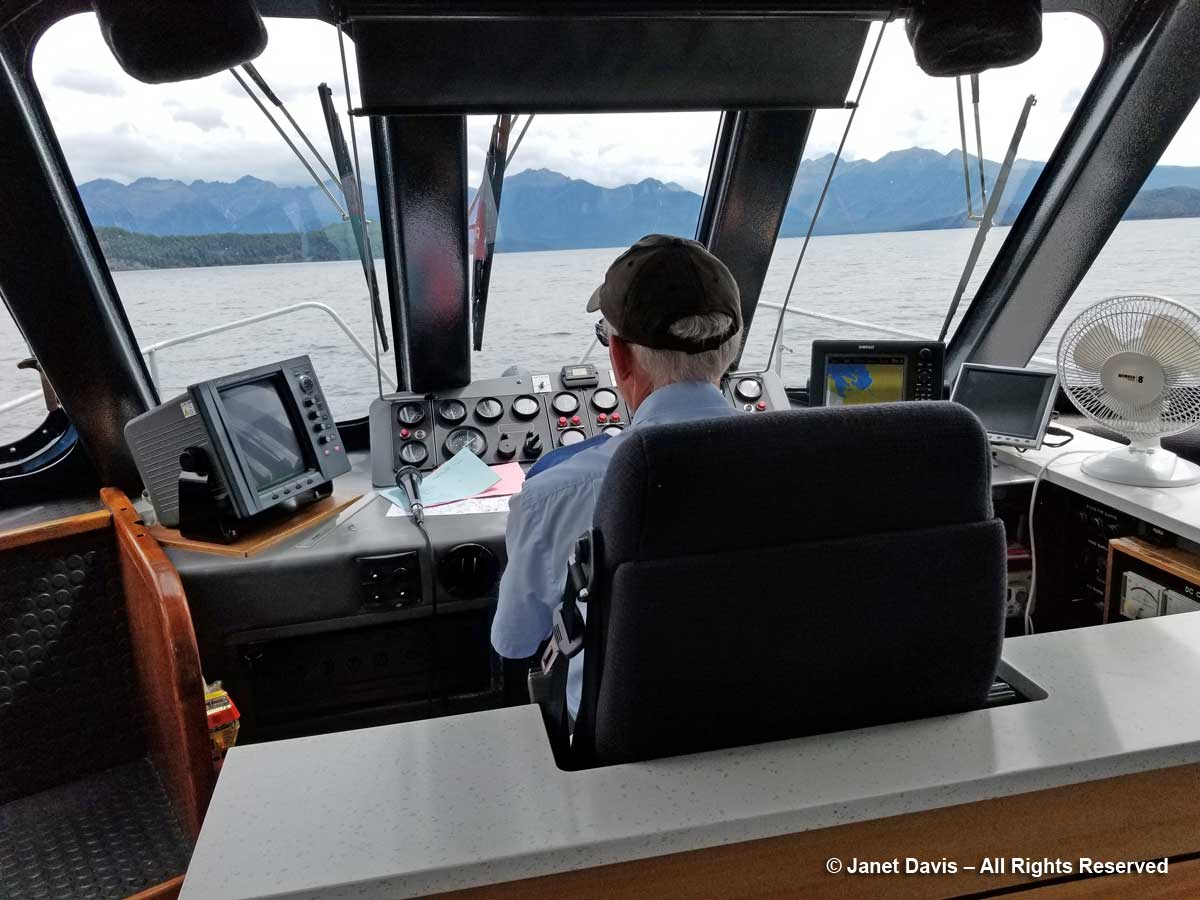 Lake Manapouri-Boat Captain