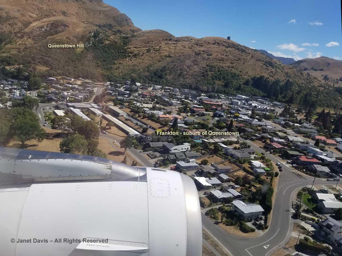 Queenstown-Air New Zealand-landing-aerial view